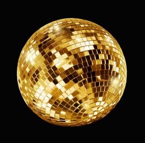 tableau-disco-dore-boule-a-facettes-sur-fond-noir-80x80-cm-goldy